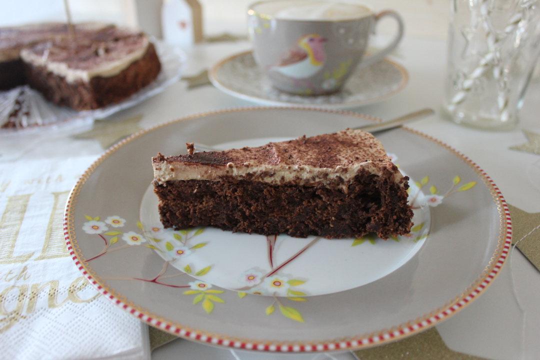 einweihungsparty-schokoladenkuchen-02