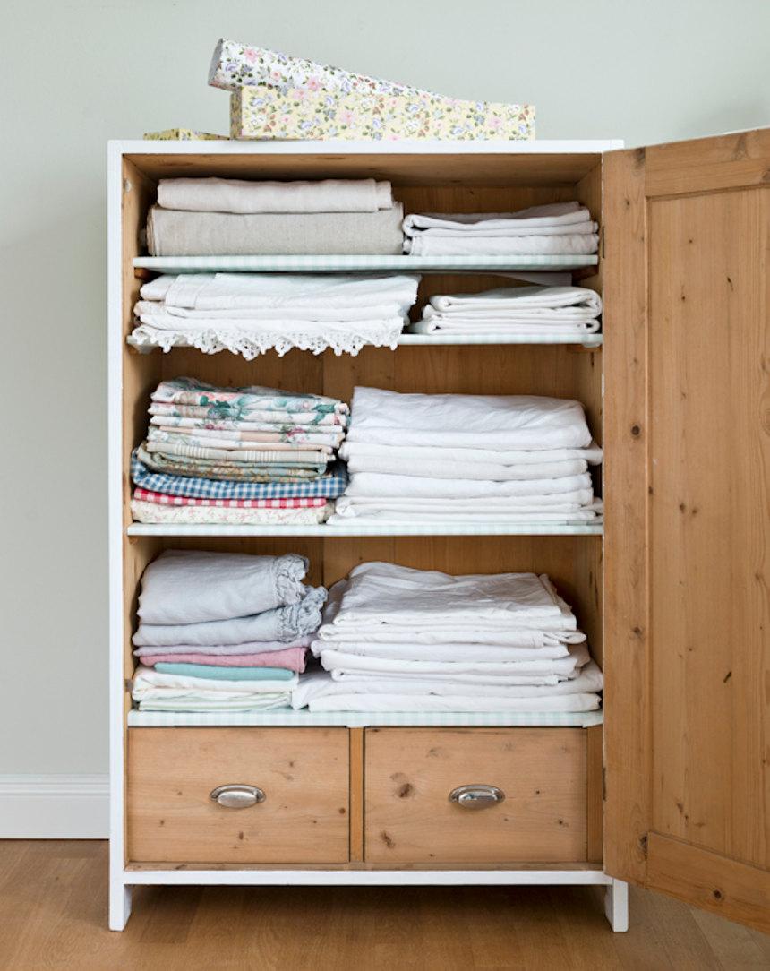 Wäscheschrank von RAUMseele Martina
