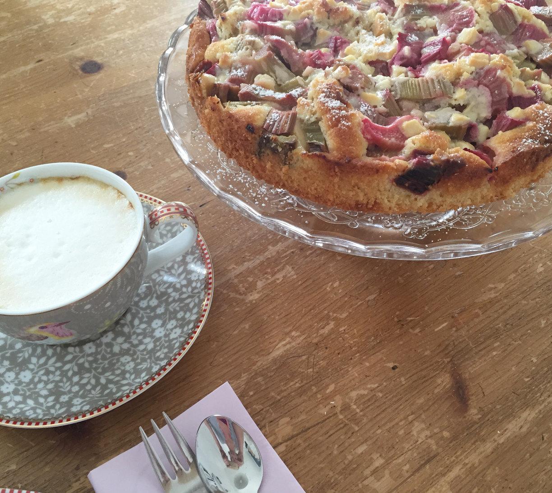 fräulein-ordnung-rhabarberkuchen