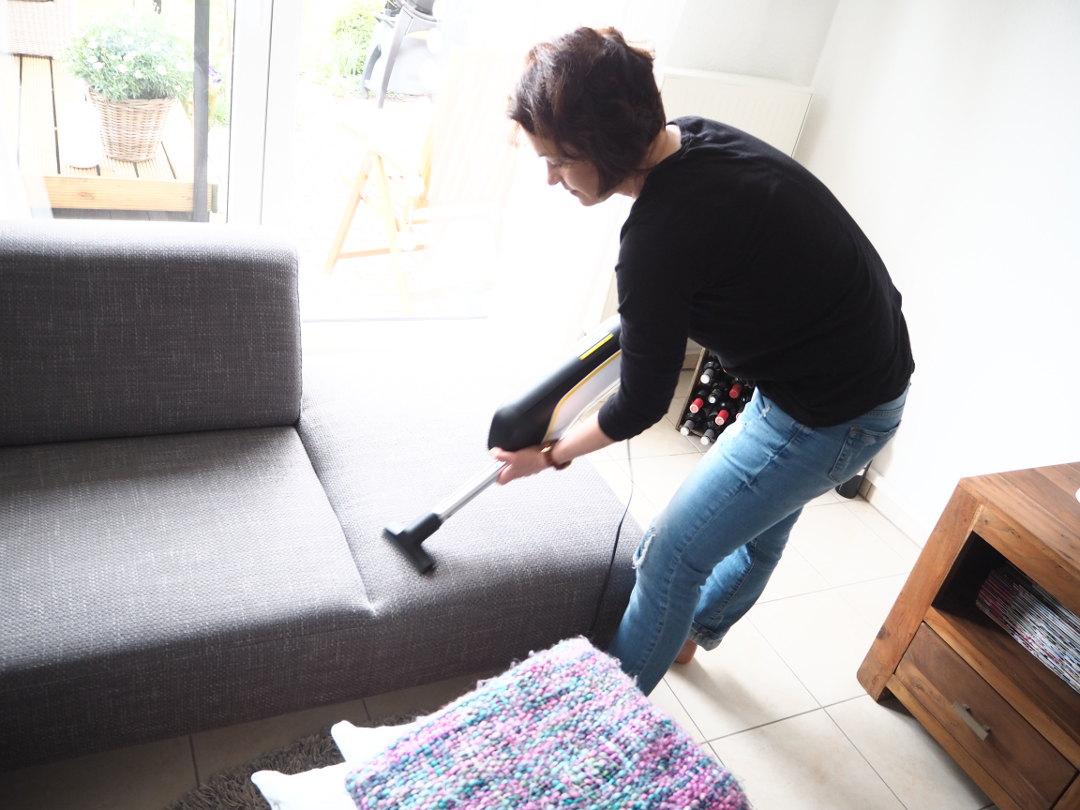 Sofa saugen mit dem VC 5