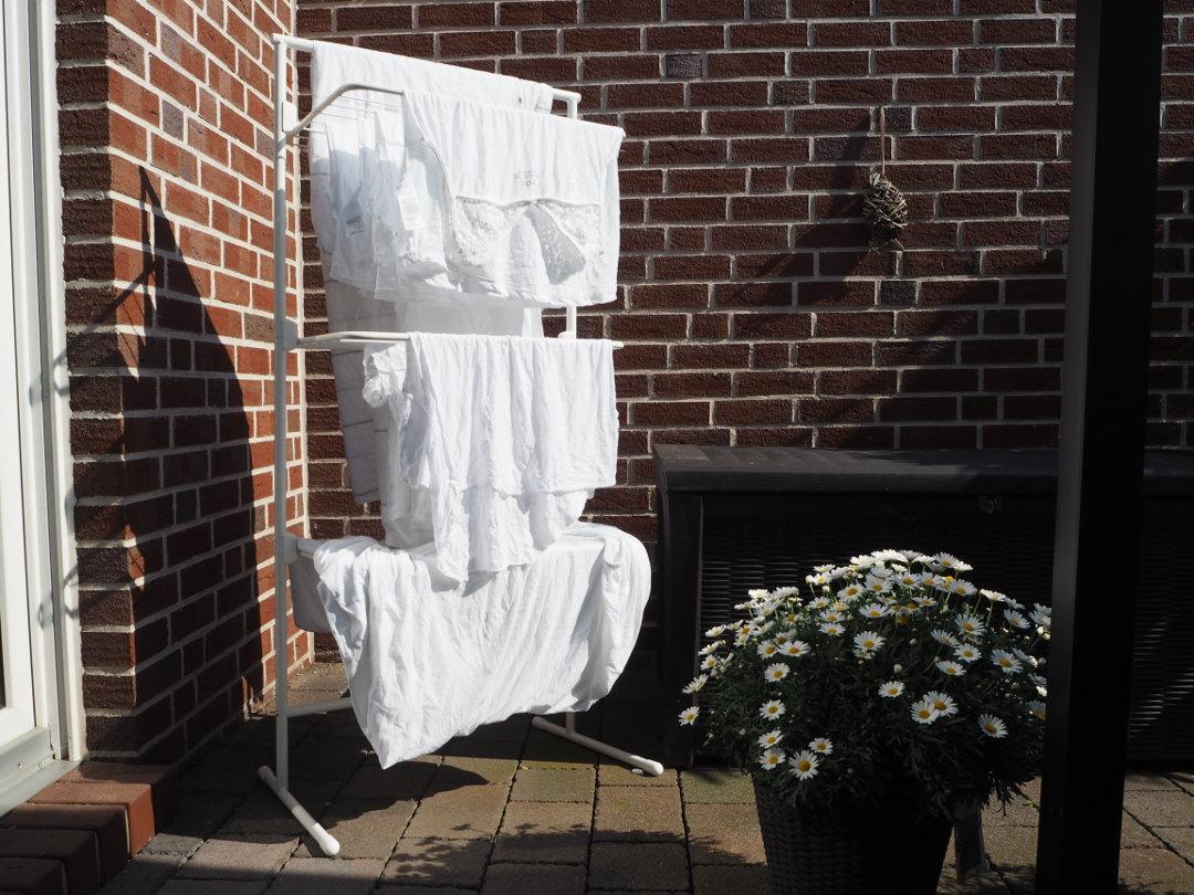 f r kleinen wohnraum turmw schest nder von r rets fr ulein ordnung. Black Bedroom Furniture Sets. Home Design Ideas