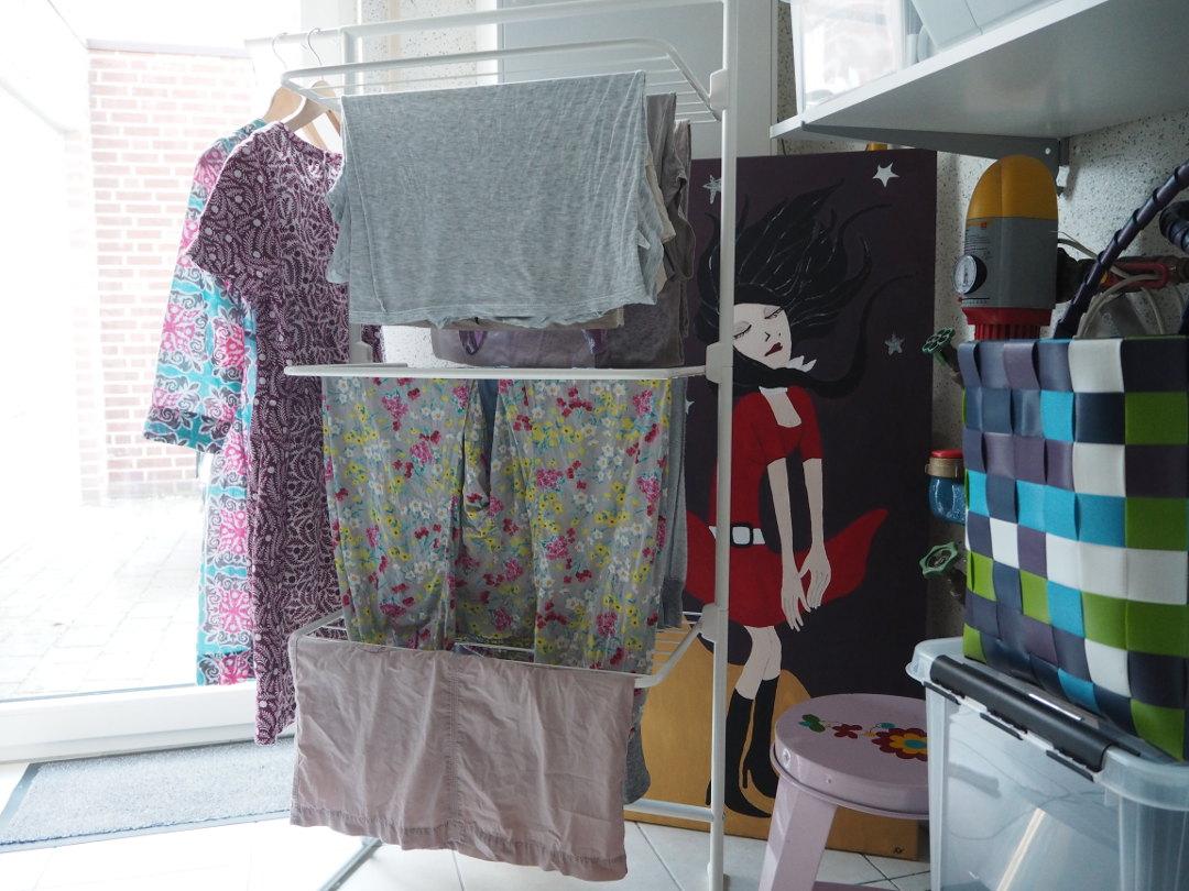 Wäsche Im Wohnzimmer Trocknen | Fur Kleinen Wohnraum Turmwaschestander Von Rorets Fraulein Ordnung