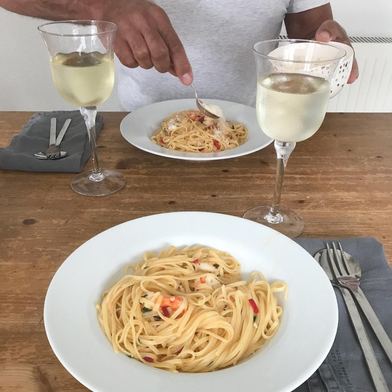 Knoblauch Garnelen und Spaghetti