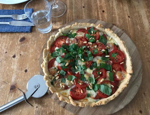 Tomate-Mozzarella-Tarte