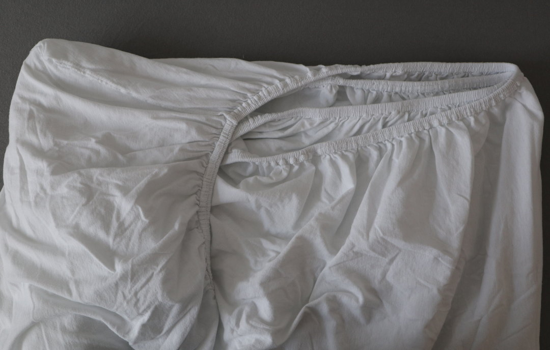 Bettlaken richtig falten