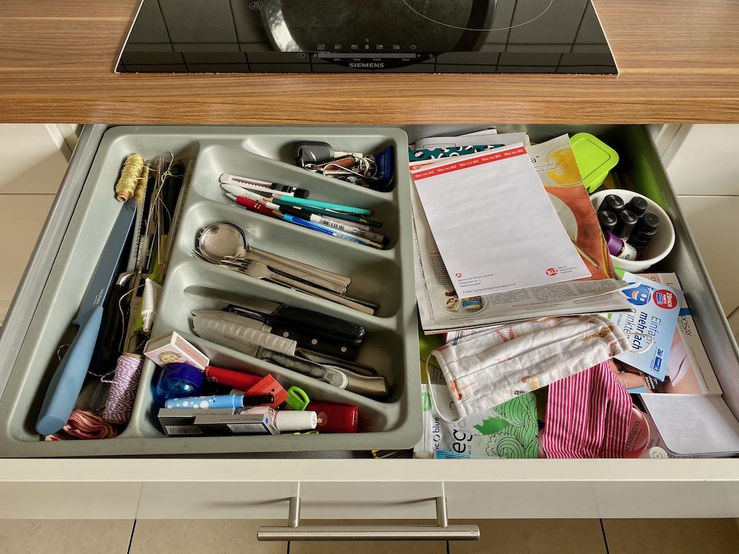 Chaos in der Küchenschublade